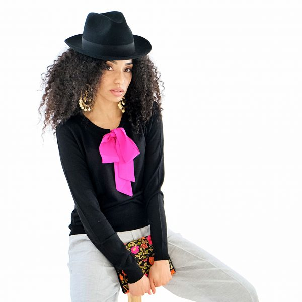 Black silk cashmere jumper with pink silk tie pussybow