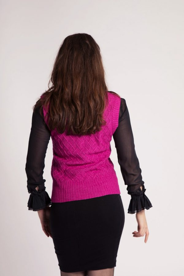 asneh knitted diamond patterend silk cashmere vest in pink