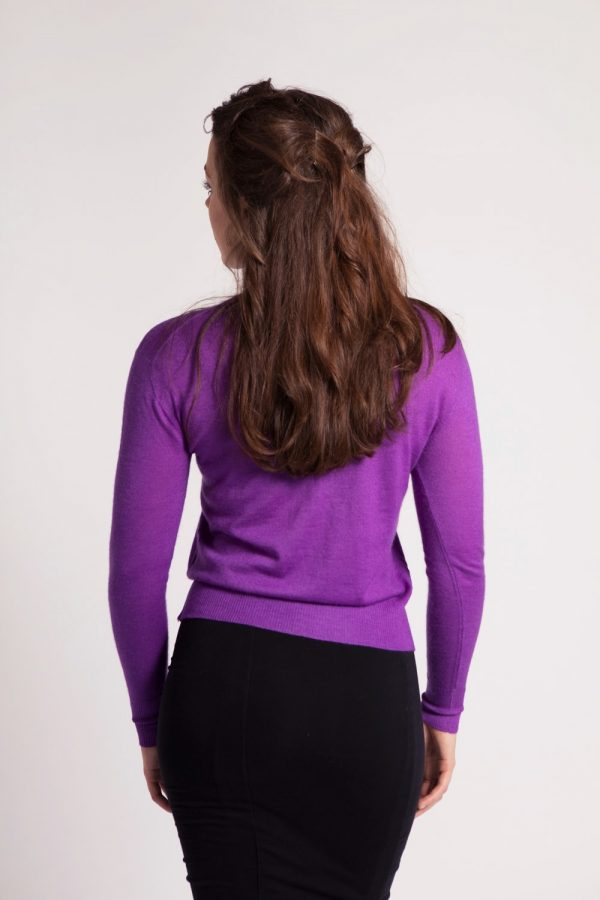 Asneh purple Grace 100 % cashmere sweater with pearls and ruffles