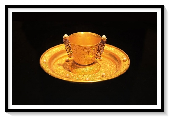 Gold Qing Dynasty
