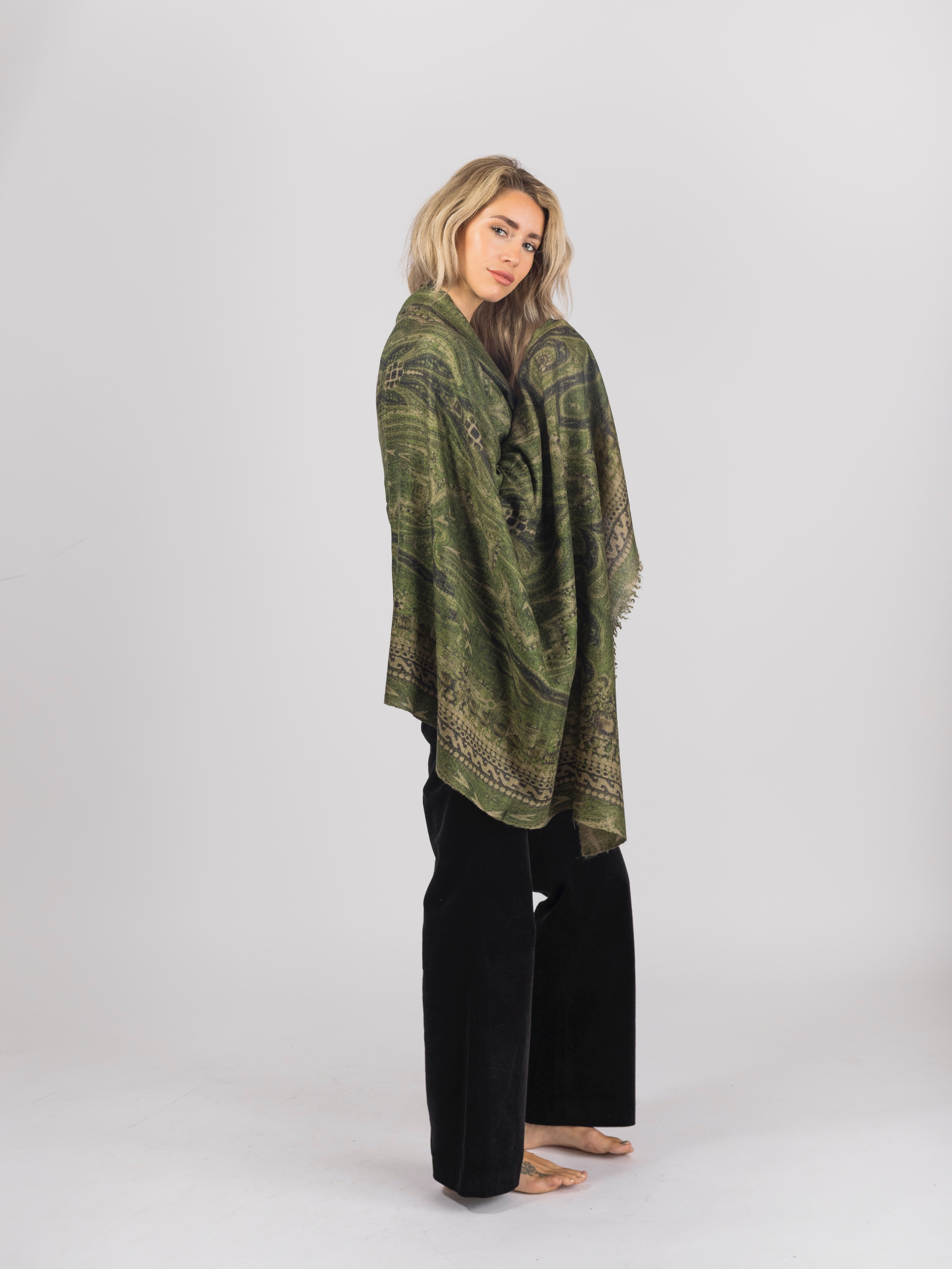 Large green cashmere